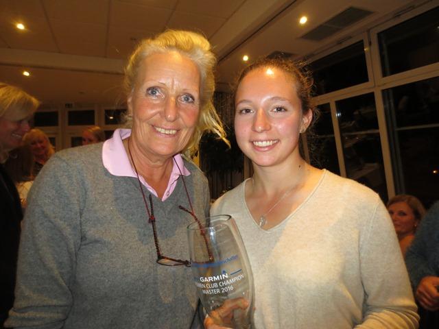Annelie mit Patricia Isabel Schmidt ( Stv. + 1,7 ) vom GC Hetzenhof